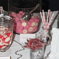 8-pink-speckles-with-white-chocolate